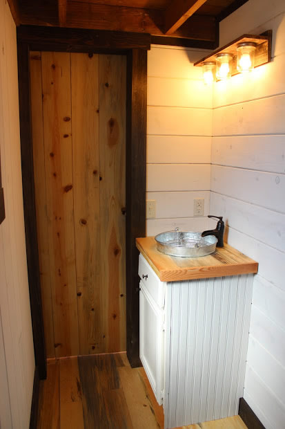 288 Sq Ft Tiny House On Skids By Clear Creek Tiny Homes