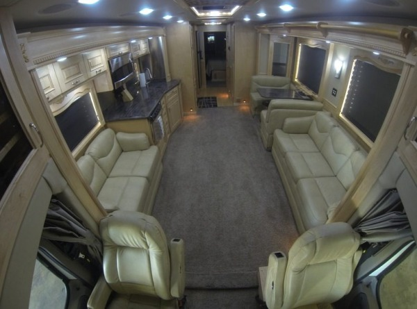 2013-renegade-ikon-3400-45-class-a-motorhome-for-sale-003