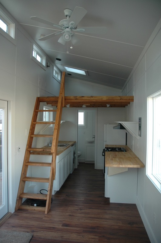 26 Tiny House Rv With Shed Style Roof By Tiny Idahomes
