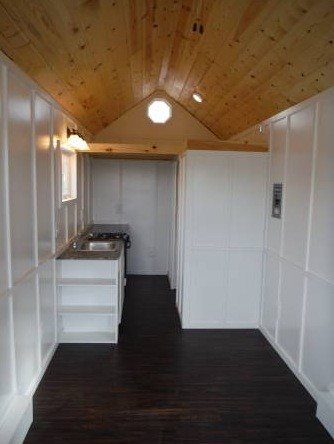 26-tiny-house-for-sale-in-idaho-006