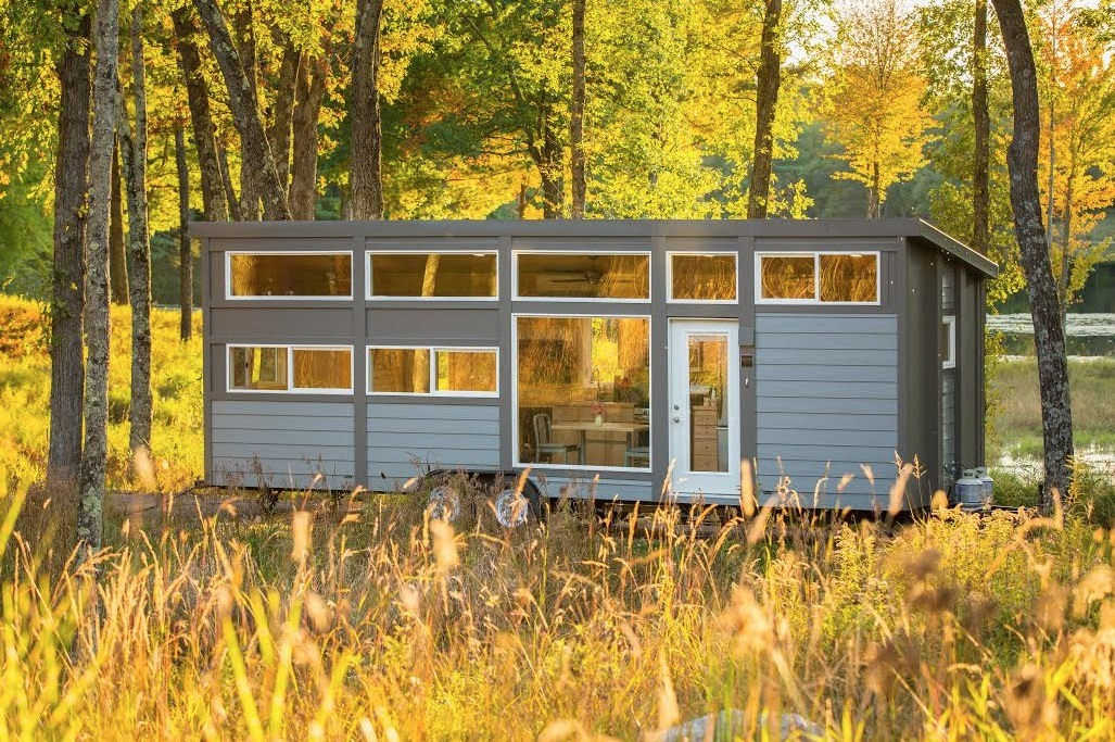 30 39 escape traveler xl tiny home on wheels - Small houses wheels home getaway ...