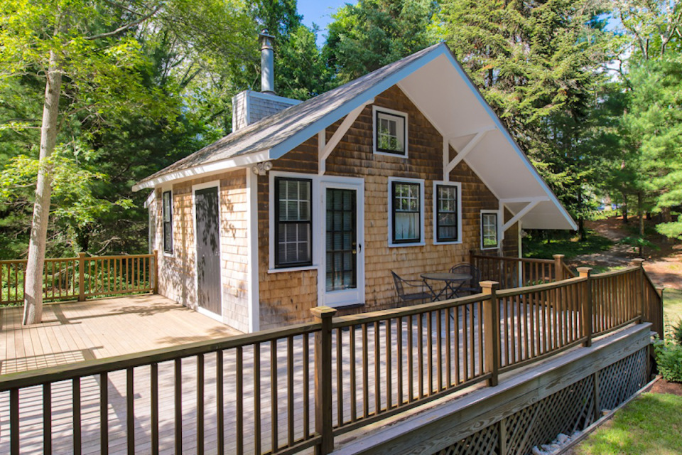 348 Sq Ft Tiny Cottage In Cape Cod