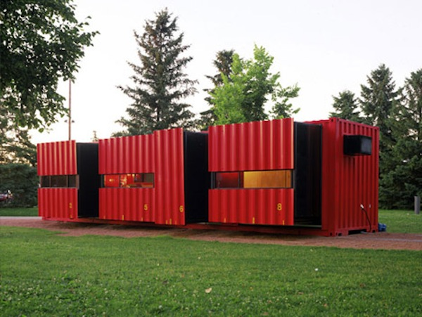 40 foot cargo shipping container tiny house 2   Top 10 Shipping Container Tiny Houses