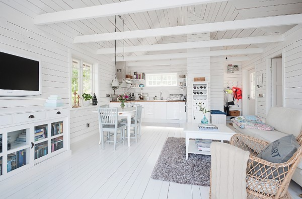 538-sq-ft-cottage-in-sweden-kalvsvik-lake-house-005