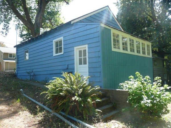 748 Sq. Ft. Cottage For Sale with Great Potential in Olympia 003