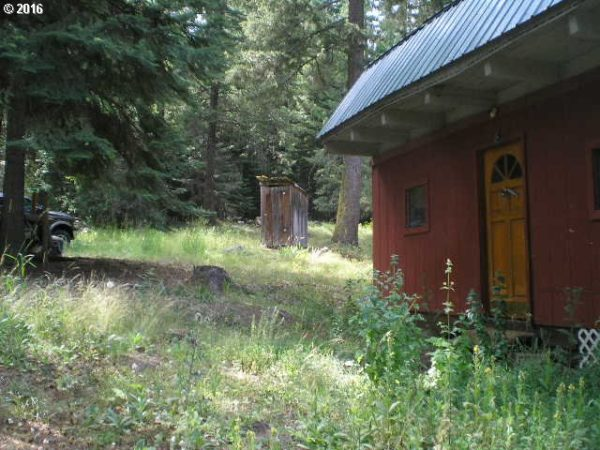 768 Sq. Ft. Barn Style Cabin in Haines, OR