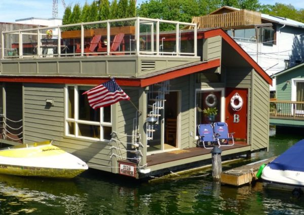 875 Sq Ft Floating Cottage 001