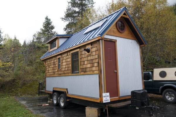 Acorn 2 Tiny House on Wheels  005