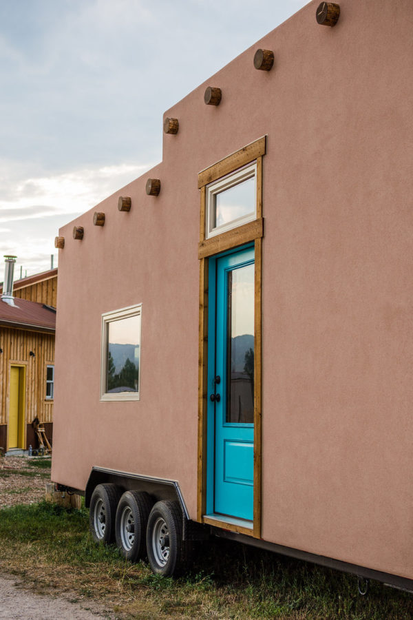 Adobe Tiny House by Mitchcraft 0010