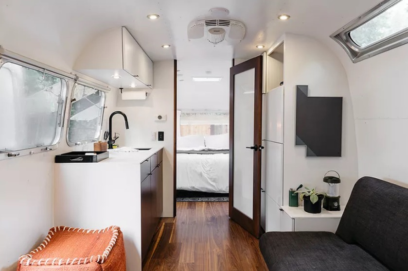 Autocamp airstream hotel for Small little luxury hotels