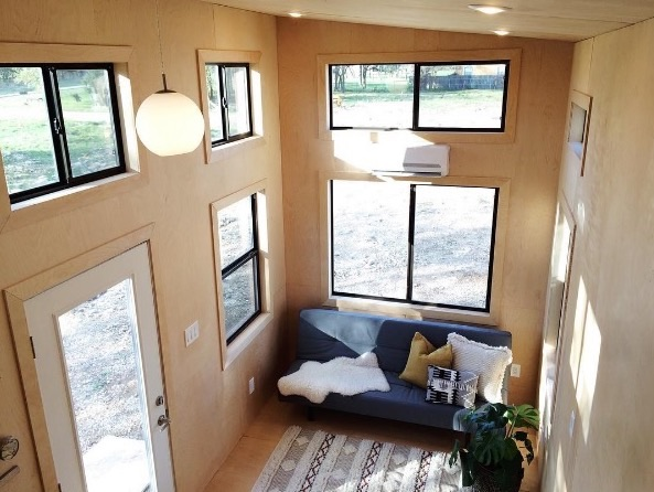 Nomad Homes humble homes lifeedited and my modern met Black Pearl Tiny House By Nomad Tiny Homes