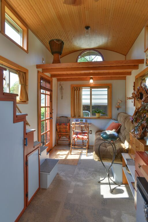 Couple's $25k DIY Smouse Tiny House on Wheels 0012