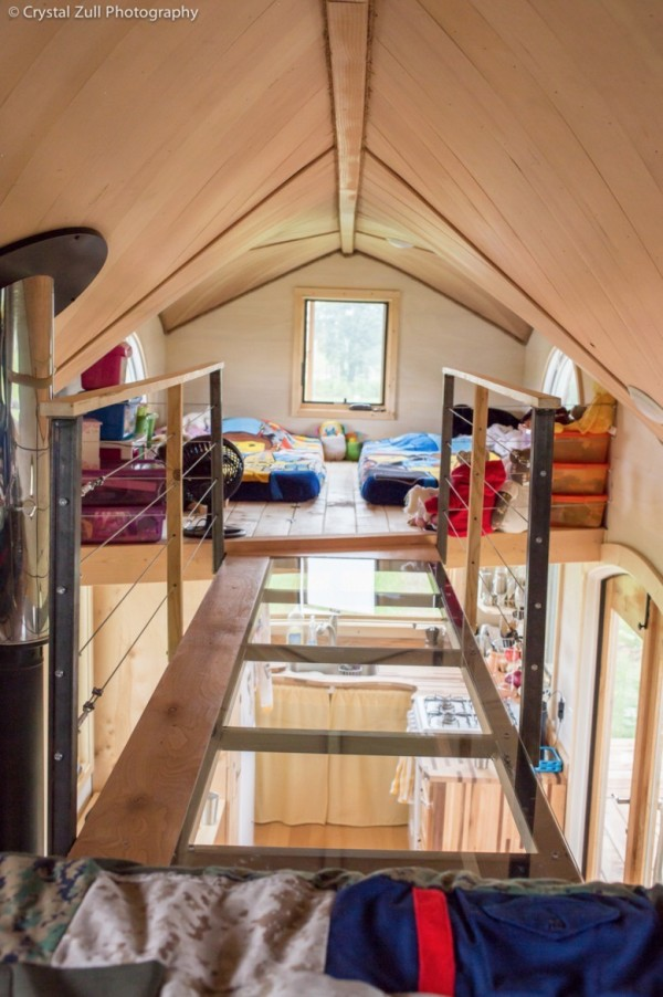 Family's Life in their Beautiful Tiny Home 0037