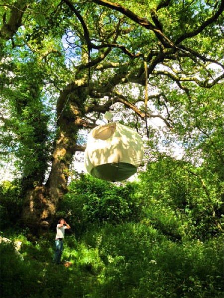 Glamping Tree Tops RooMoon 00   Glamping in the Tree Tops with a RooMoon: Hanging Tents