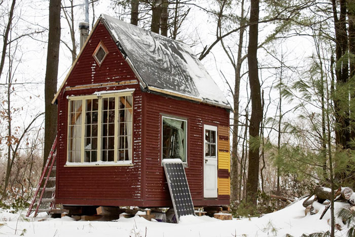 Man builds 100 sq ft timber frame tiny house 100 square foot house