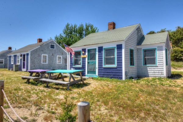 Little Purple Cottage on Cape Cod Bay