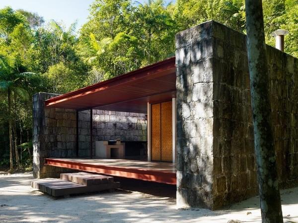 Modern-753-Sq-Ft-Cabin-Brazilian-Rainforest-001