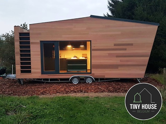 Modern tiny home on wheels by tiny house belgium Modern tiny homes on wheels