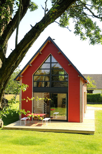 Petite french country house with loft for Small french country homes