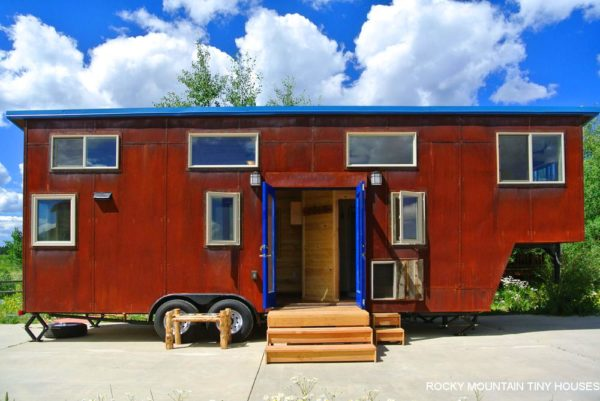 rusted-mountain-roost-goosneck-trailer-tiny-house