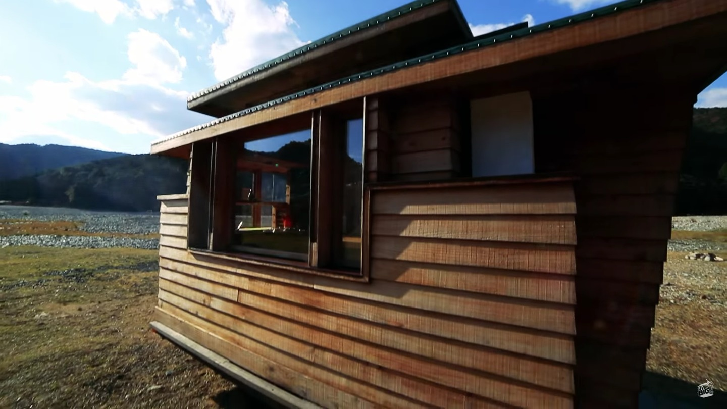 Tiny Home Designs: Japanese Tiny Home On Wheels: Video Tour