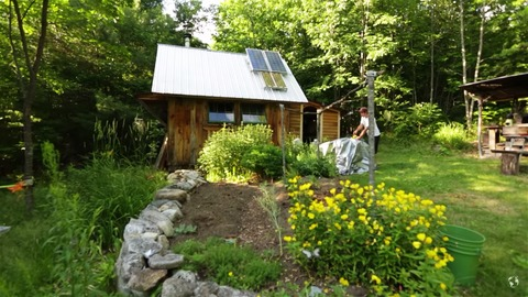 Jesse's Off-Grid Tiny Cabin in Maine