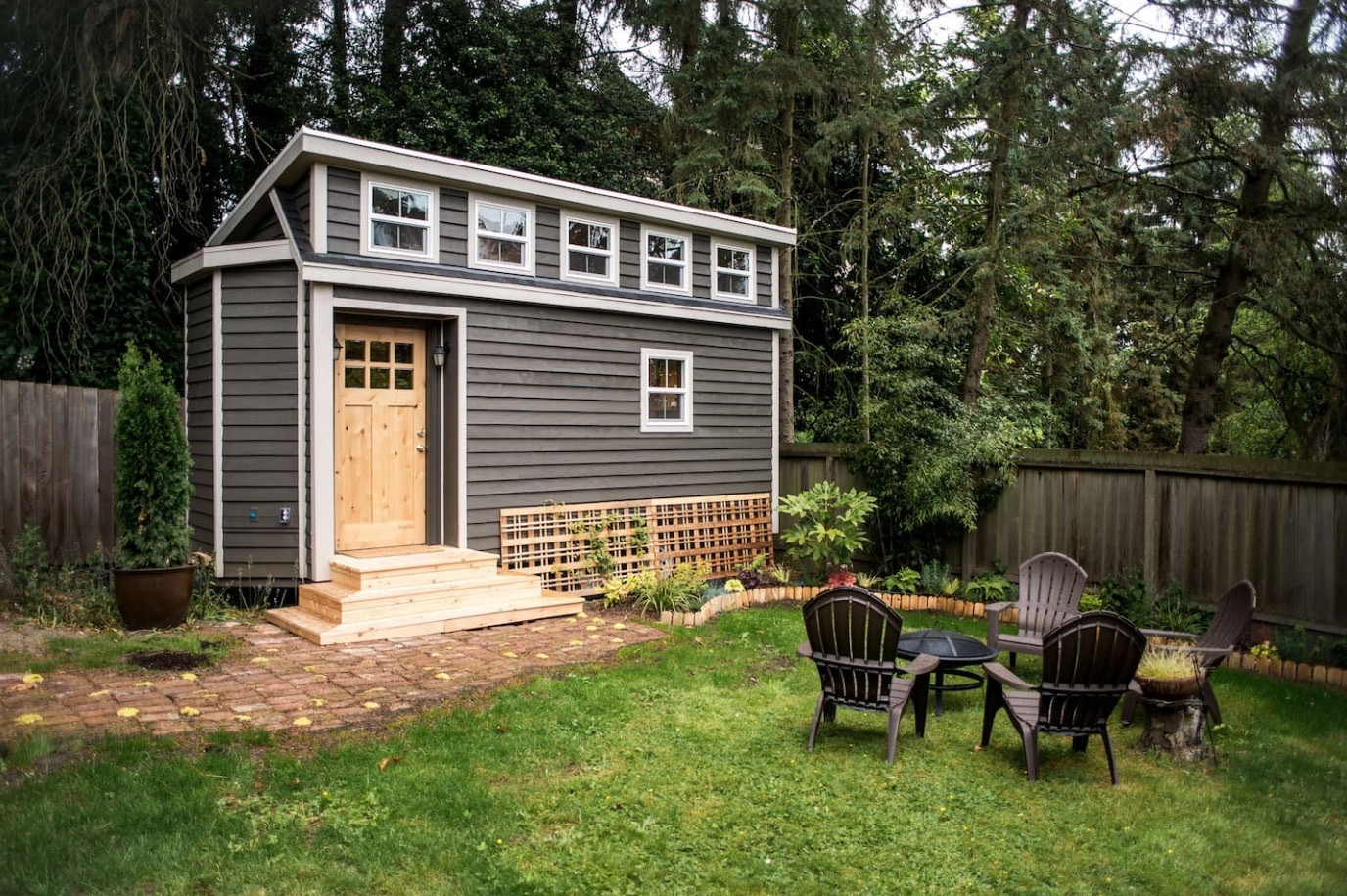 Seattle tiny house you can rent for Small new build homes