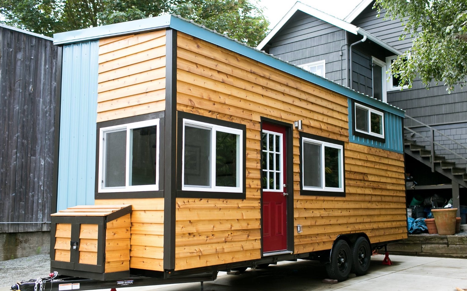Shannon 39 s custom tiny home on wheels for Micro homes on wheels