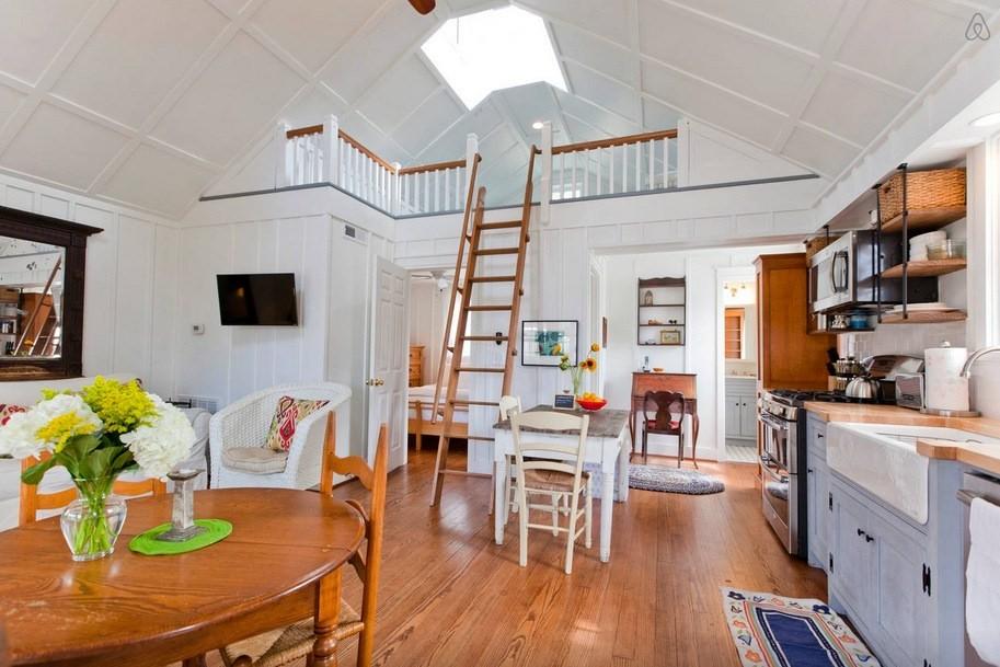 Southern style tiny cottage in nashville tn for Nashville tn house plans