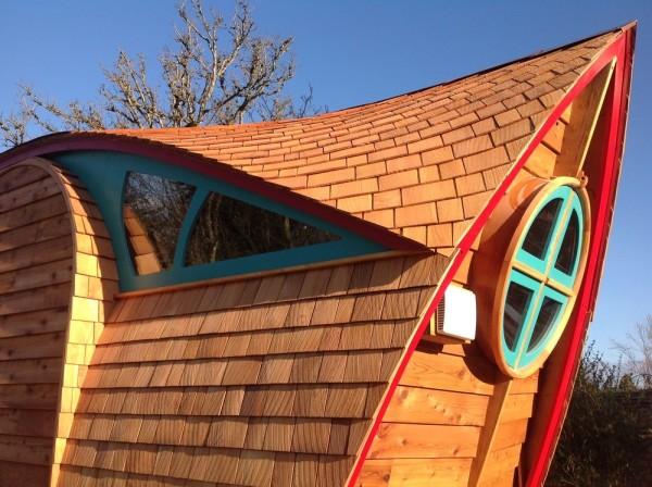 Curvy Tiny Home on Wheels
