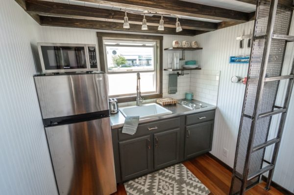 the triton tiny house via tinyhousetalk com 005
