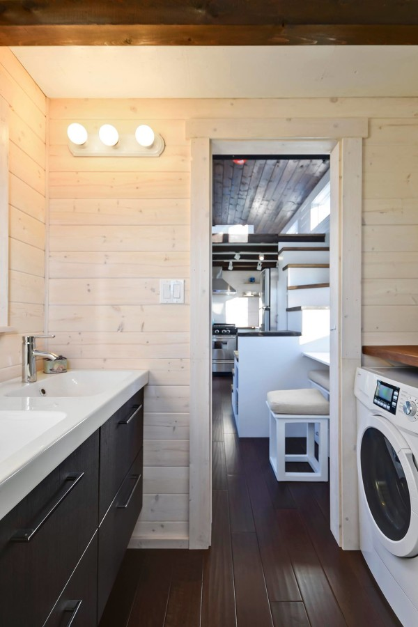 Tiny Living Homes Custom THOW with Double Vanity Sink and Full Kitchen 0024