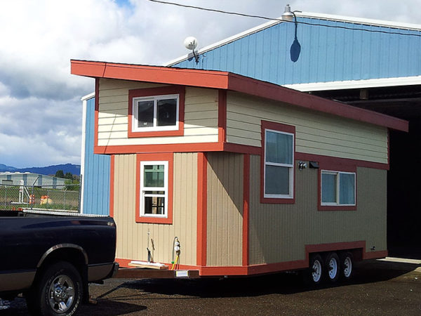 tiny-smart-house-to-donate-tiny-house-to-homeless-veteran