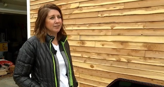 Woman Building a Tiny Home For Price of a Car 001