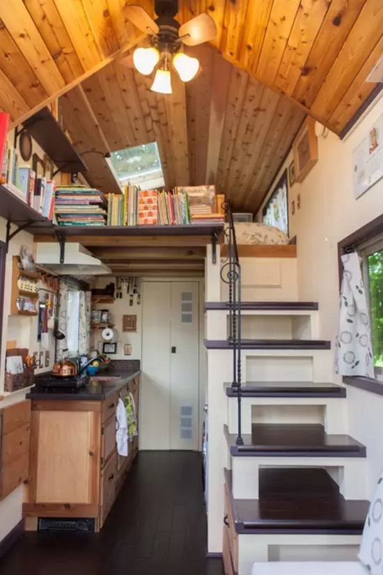 Woman designs builds her own pocket mansion tiny house for Tiny house interior ideas