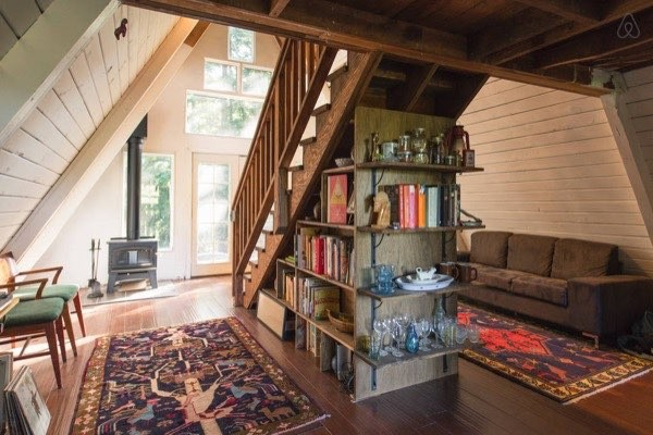 Amazing tiny a frame cabin in the redwoods for Inside amazing homes