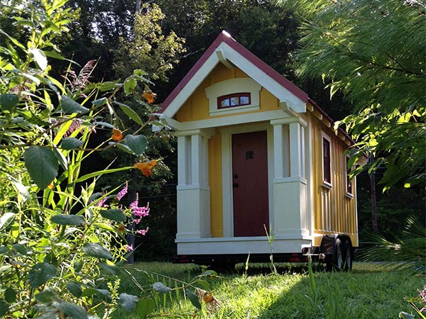 99 sq ft anderjack tiny cottage on wheels for 19 000 Small cottage homes