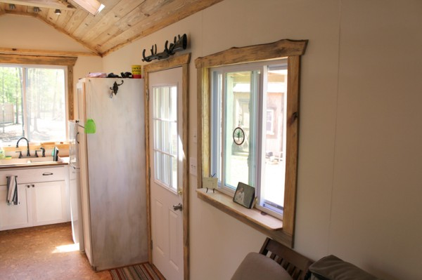 andrew odom tiny house 004 600x399   Andrews Family Tiny Home on Wheels: Rooms and Spaces and Tiny Places