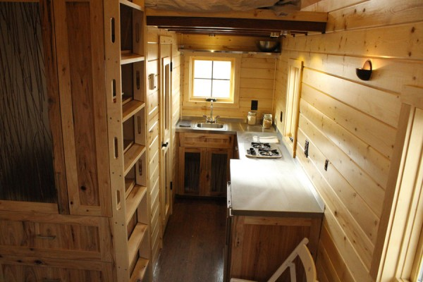 another kitchen 600x400   Cozy 165 Square Foot Tiny House on a Trailer