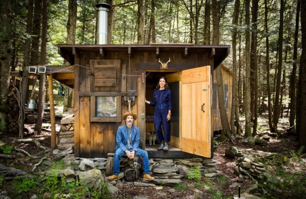 Simple living in a tiny cabin in the woods for Building a small cabin in the woods