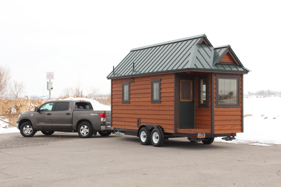 Cozy 165 square foot tiny house on a trailer - Theusd tiny house freedom onsquare feet ...