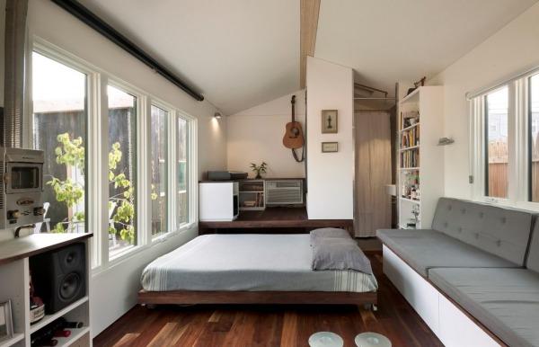 brian-levys-minim-homes-tiny-house-on-wheels-0010