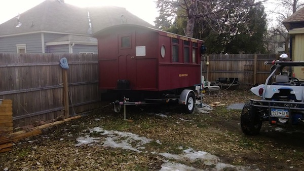 caboose-micro-guest-house-002