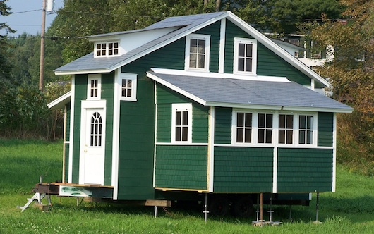 cai house tiny and mobile but expands to 420 square feet - Tiny House Mobile