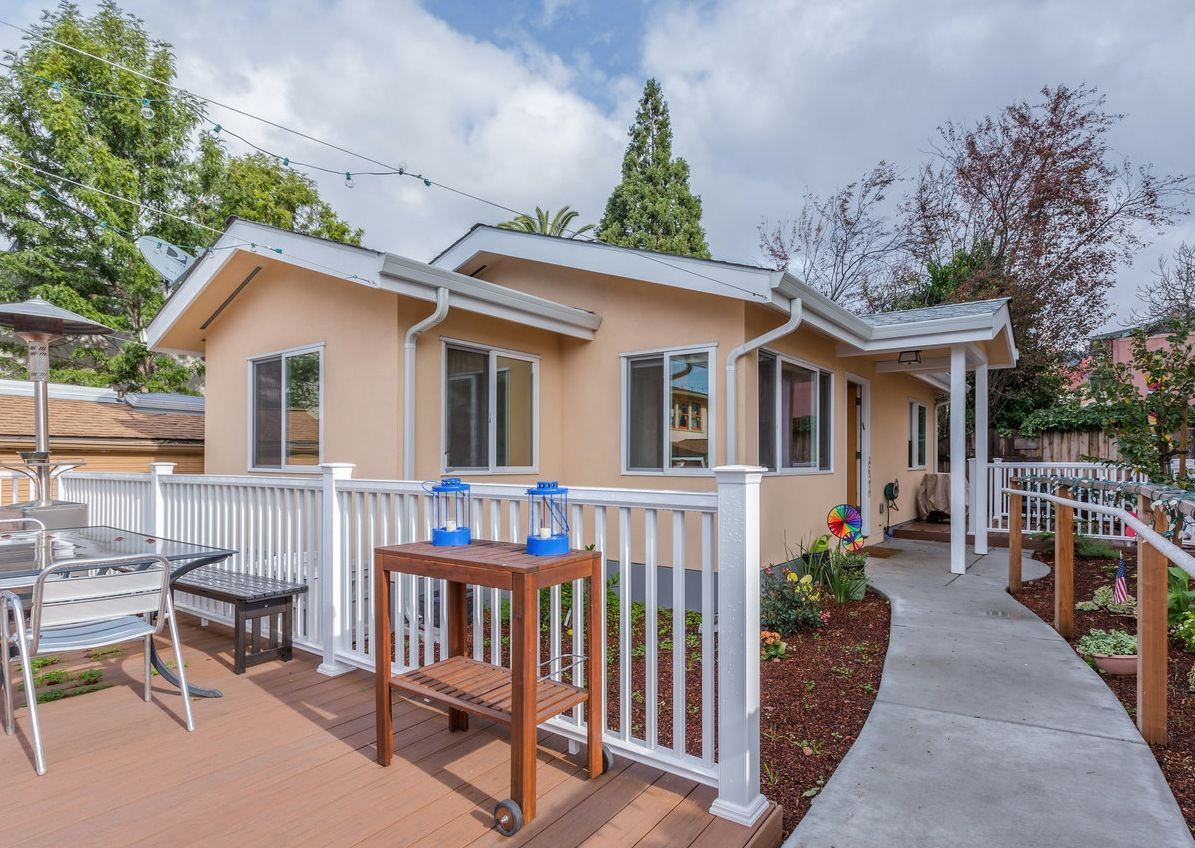 Tiny House Communities In California : 610 Sq. Ft. Small House in California by New Avenue Homes