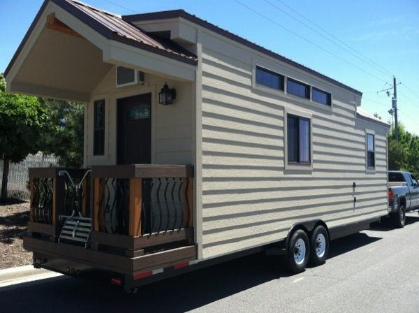 dakota tiny houses 001   255 Sq. Ft. Dakota Tiny House: Built like a House, Works like an RV