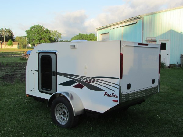 diy-tiny-camping-trailer-002