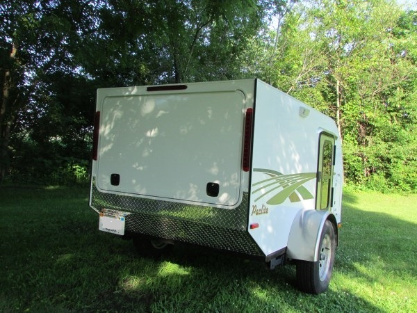 diy-tiny-camping-trailer-005