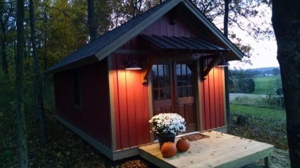Beautiful 12u2032 X 24u2032 Tiny Cabin For Sale