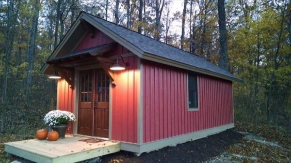 doug-schroeder-timber-craft-tiny-homes-12x-24-cabin-for-sale-008
